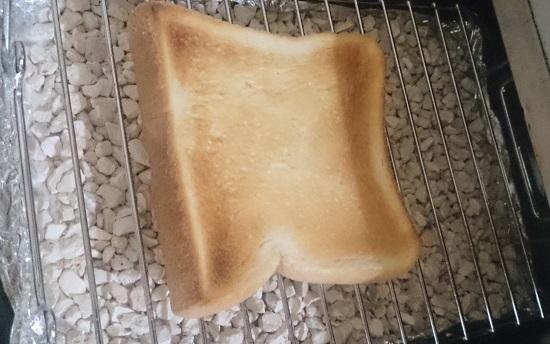 魚焼きグリルでトーストを焼くと美味しい - 日々ノート